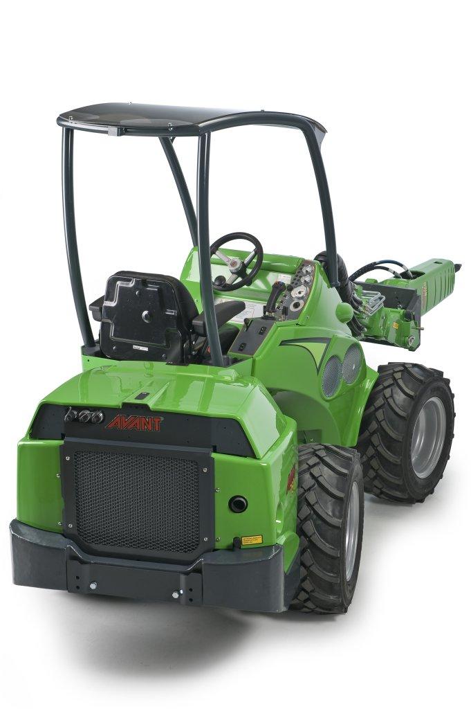 Avant-700-Series-02