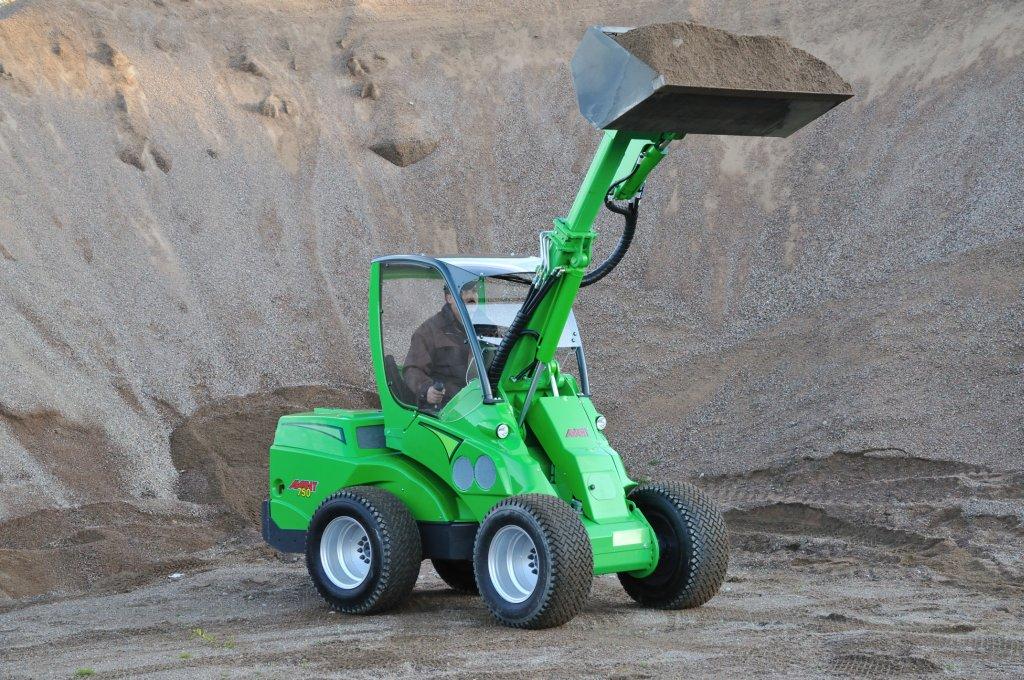 Avant-700-Series-loading